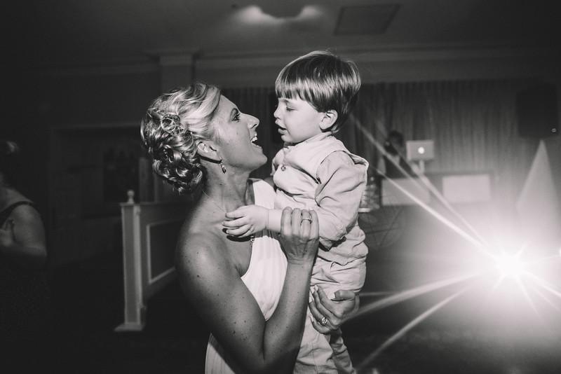 Philadelphia Wedding Photographer - Bernreuther-693.jpg