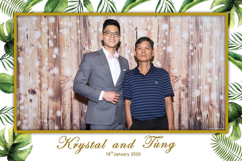 Krystal-Tung-wedding-instant-print-photo-booth-in-Ho-Chi-Minh-City-Chup-hinh-lay-lien-Tiec-cuoi-WefieBox-Photobooth-Vietnam-044.jpg