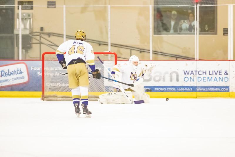 Div1 Hockey v DV-_08I0156.jpg