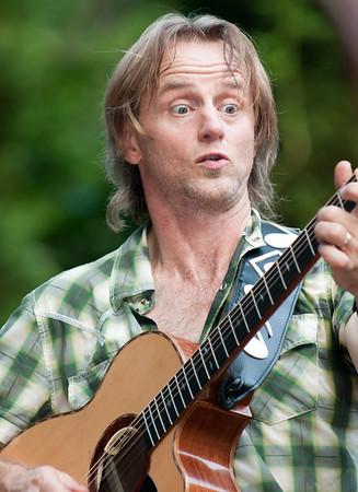 2011.06.19 Geoff Achison Solo Acoustic