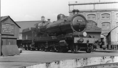 1919-1957 ROD (ex W.D. Robinson 04 GCR 2-8-0) GWR 300 class