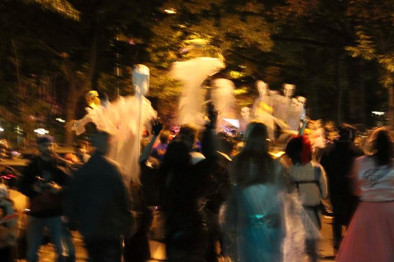 2011.10.31 Street Halloween Parade.ss-71.jpg