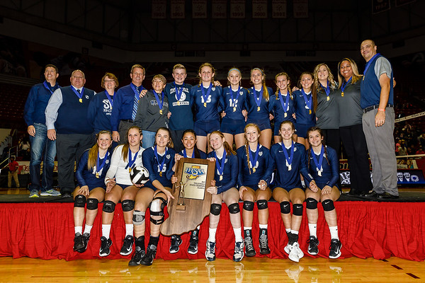 CC Varsity Volleyball vs Hauser 2017-11-4 State Championship
