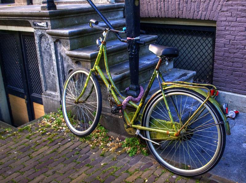 greenbicycle.jpg