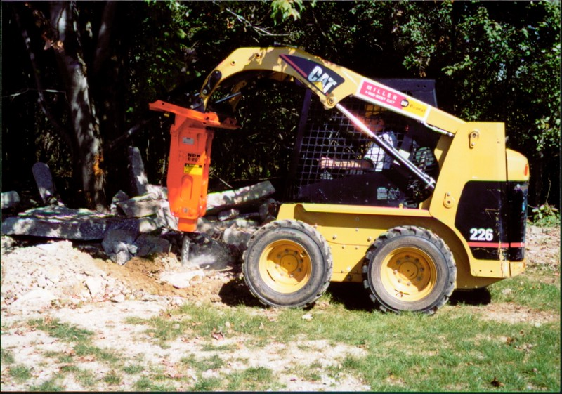 NPK E203 hydraulic hammer on Cat skid steer at NPKCE (5).JPG