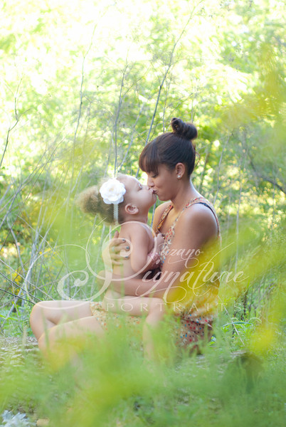 {Mother & Daughter}