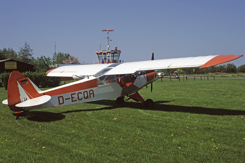 D-ECQA-PiperPA-18-95SuperCub-Private-EDXB-2000-05-07-HF-17-KBVPCollection.jpg