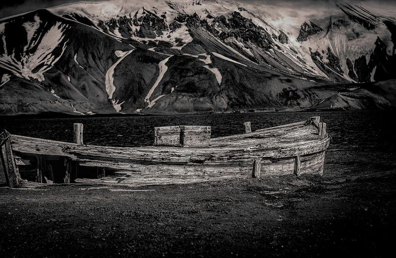 old whaling boat-Edit.JPG