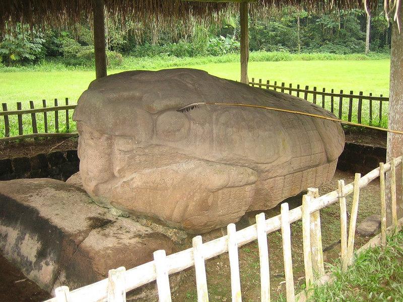 Quirigua Archaeological Ruins, Santo Tomas De Castilla, Guatemala Tuesday, Dec 26, 2006, Day 4