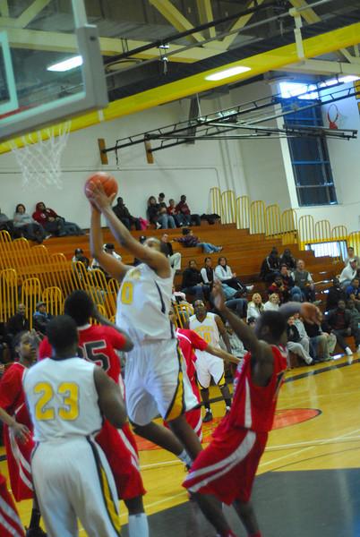 20090301_MCC Basketball_5695.JPG