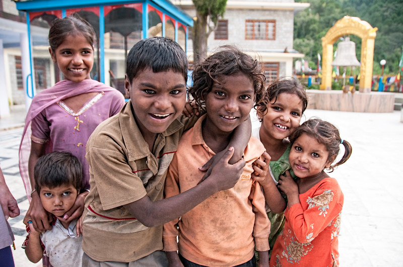 India. Rewalsar/Trisangam. Street kids