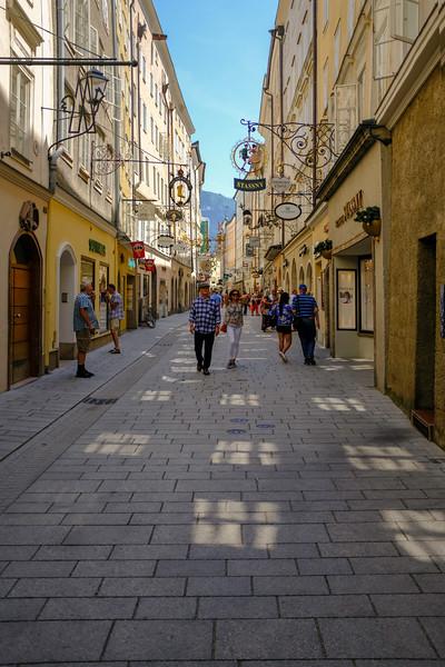 Salzburg Street Scene-3x2-DSCF0057.jpg