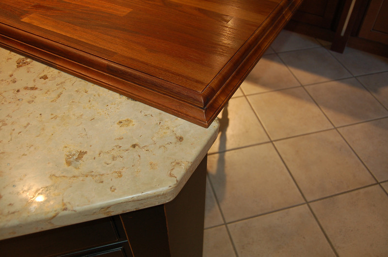 Picture of a countertop.