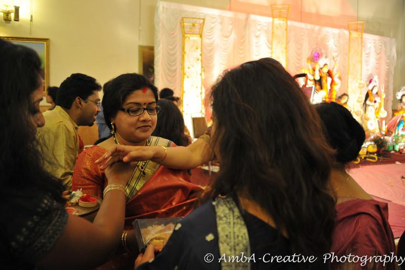 2013-10-13_DurgaPuja_Navami@KallolNJ_46.jpg