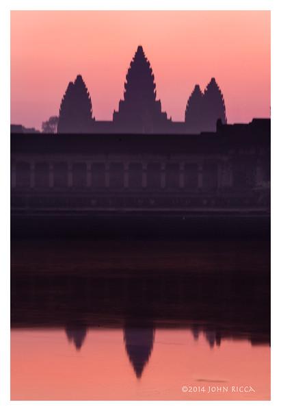 Ankor Wat Sunrise, Siem Reap, Cambodia.jpg