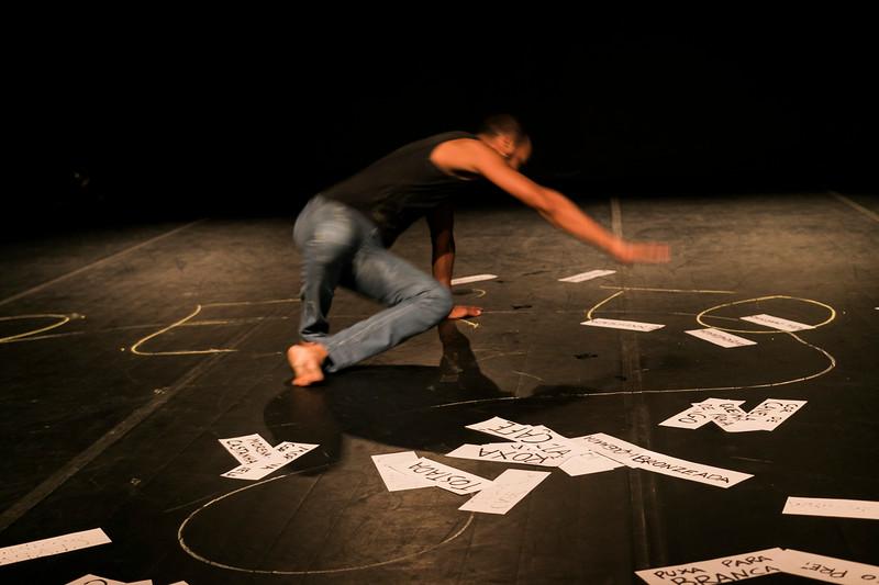 Allan Bravos - Lentes de Impacto - Teatro-721.jpg