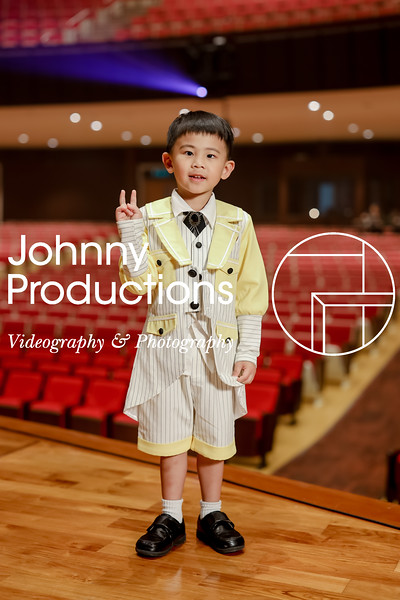 0007_day 1_yellow shield portraits_johnnyproductions.jpg