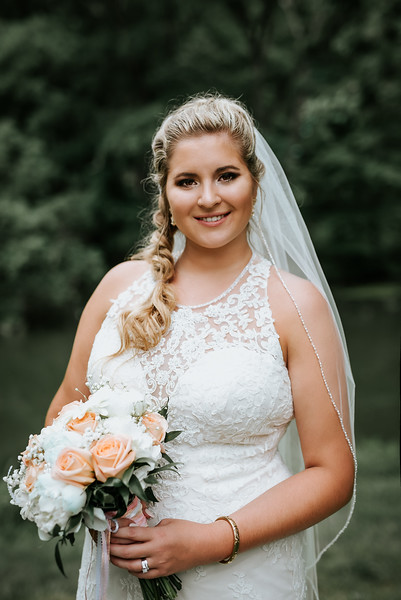 Stewart Photography_Wedding_Mcintosh_portrait_Bride_2018.jpg