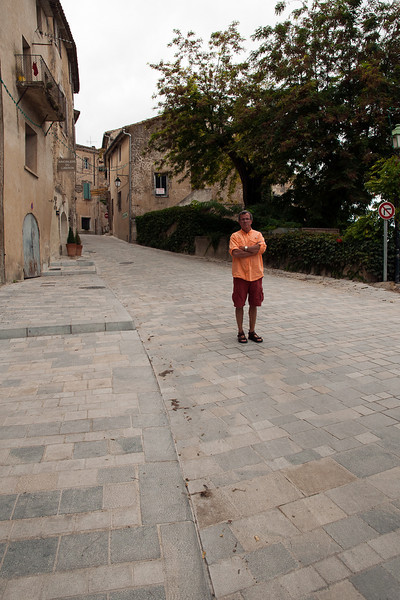 No one in Menerbes on Sunday