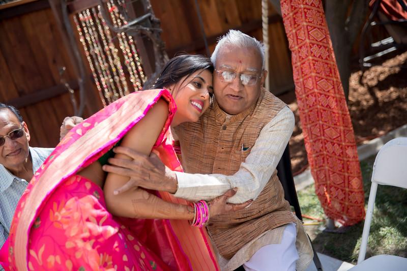 Hina_Pithi_Pooja-485.jpg