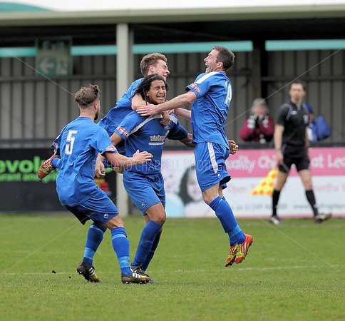 CHIPPENHAM TOWN V POOLE TOWN MATCH PICTURES 4th APRIL 2015