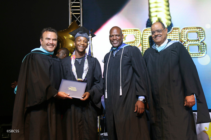 20180615_StudentServGrad-diplomas-61.jpg