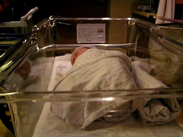 Birth day nap.MP4