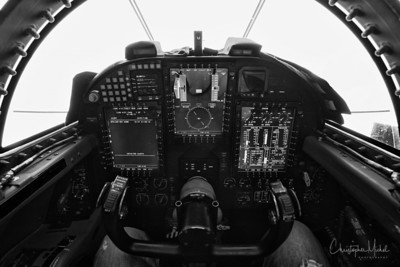 Cockpit of the U-2