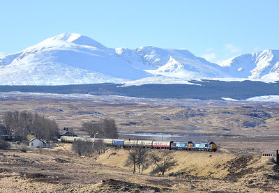 37409 and 37607 on the Easter Highlander