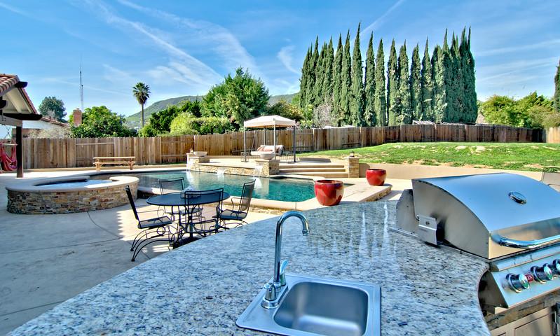 1273 Oak Mesa St La Verne  pool (21).jpg