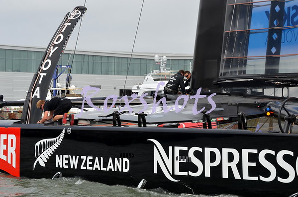 LV Finals ETNZ and Luna Rossa with the Red Bull teams before the start Wed. 8/21/13