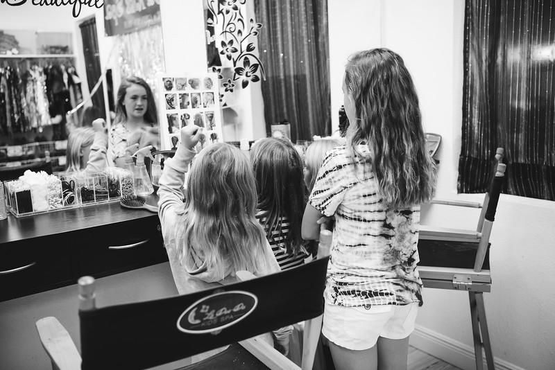 2020-0104-delaney-barbie-party-22.jpg