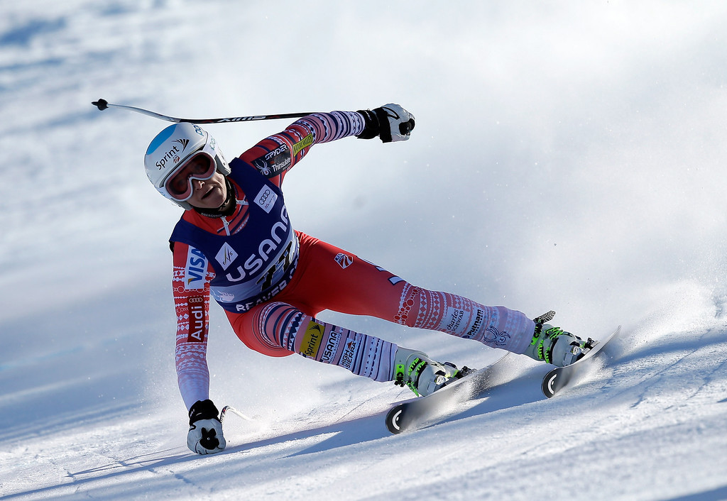 . Julia Mancuso of the USA in action during the FIS Beaver Creek Ladies\' Super G World Cup Race on November 30, 2013 in Beaver Creek, Colorado.  (Photo by Ezra Shaw/Getty Images)