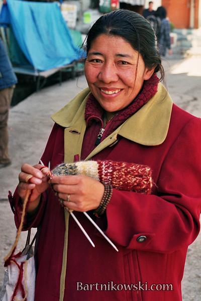 knitting tibetanRoll004026.jpg