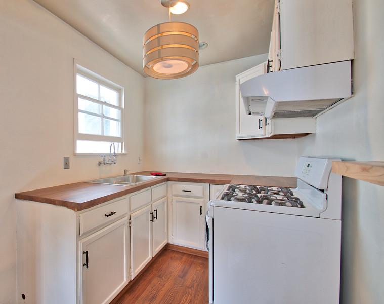 Kitchen1 - Version 2.jpg