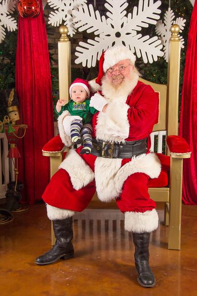 Santa 12-16-17-202.jpg