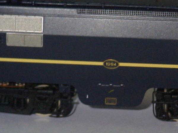 philotrain 870-24-3 1204 berlijns blauw zonder detail zij2.JPG