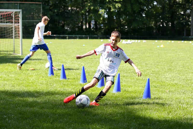 hsv_fussballschule-356_48047954606_o.jpg