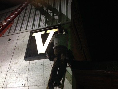 Victory Light Installed Downtown, 11/15/2014