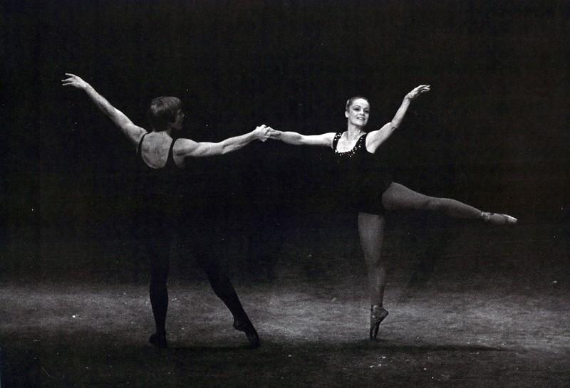 Dance_1040_a.jpg