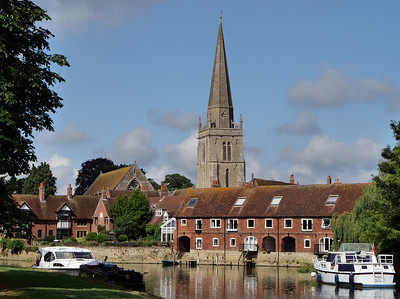 St Helen, Church of England, West St Helen Street, Abingdon, OX14 5BS