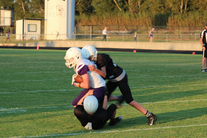 2019 0926 Howe 8th grade vs. Bonham (100).JPG