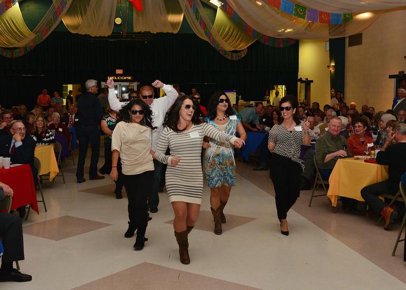 NEA_4973-7x5-Dancing.jpg