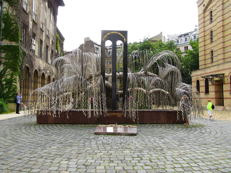 22-Memorial of the Hungarian Jewish martyrs. Made by Imre Varga, 1989, it resembles a weeping willow whose leaves bear inscriptions with the names of victims.