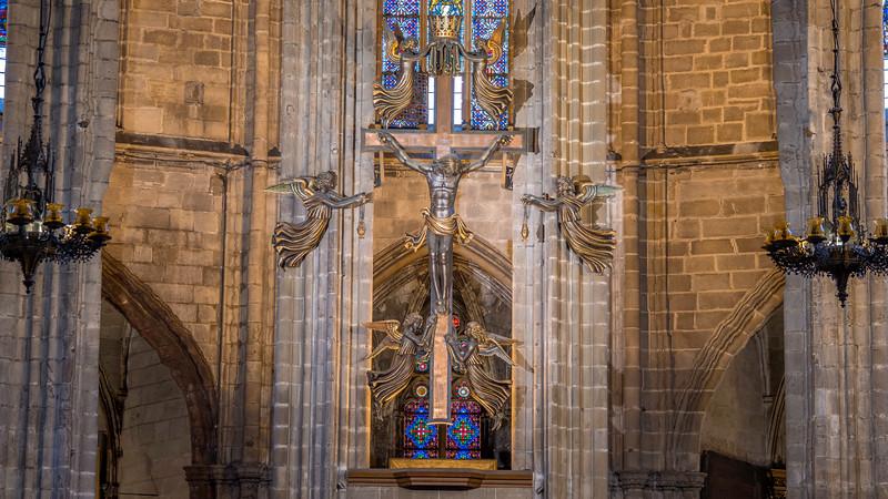 0073 Barcelona Basilica 16x9.jpg