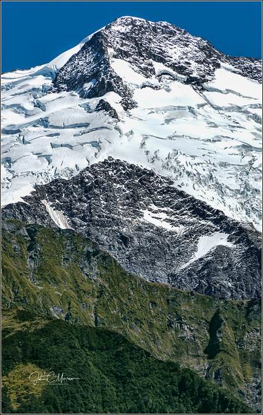 JM8_1796 Mt Aspiring cropped LPNLM r1 W.jpg