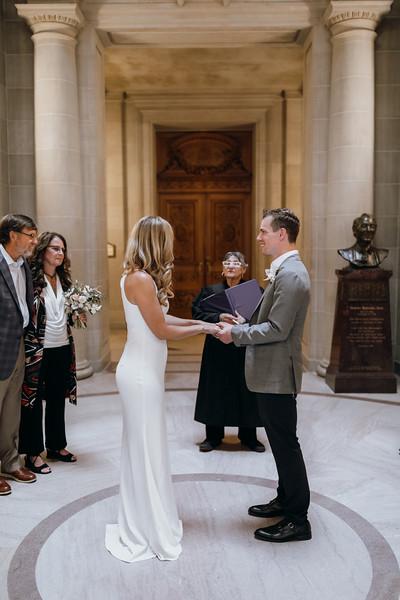 2018-10-04_ROEDER_EdMeredith_SFcityhall_Wedding_CARD1_0210.jpg