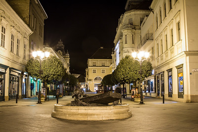 Győr by night