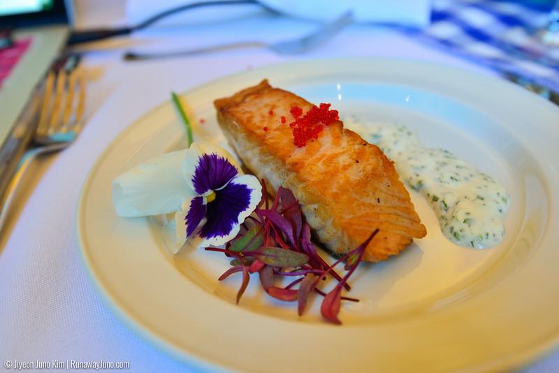 Saguenay Dinner-6104998.jpg