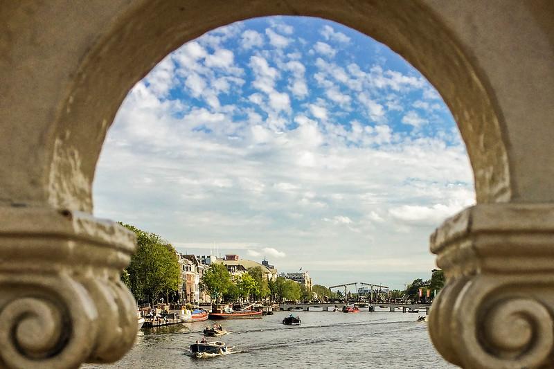 Amsterdam_Canal-Archview.jpg